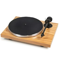 Pro-Ject 1Xpression Carbon Classic 2M Silver
